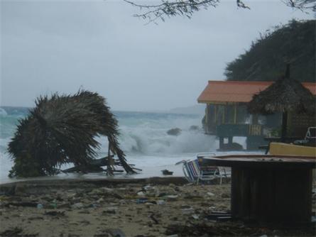 Lot van Geest - Het verwoeste strand van Vaersenbaai
