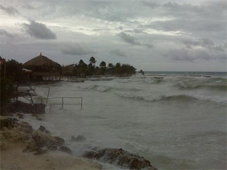 Sabine en Melvin - De schade bij Zanzibar rond 15.00 uur