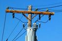 Versgeperst.com Versgeperst schade puinhoop Poliitie NIEUWS Lichtmast Curaçao Aqualectra  13 20 72 Electricity Transformer mounted on a Utility Pole web