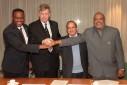 Versgeperst.com Versgeperst NIEUWS Koninkrijk Justitieel Vierpartijen Overleg Justitie Elmer Wilsoe Curaçao  minjus 13okt2010 003 127x85