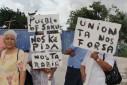 Versgeperst.com Wishi/marchena Versgeperst represailles NIEUWS manifestatie Kenneth Valpoort Curaçao  DSC05420 127x85