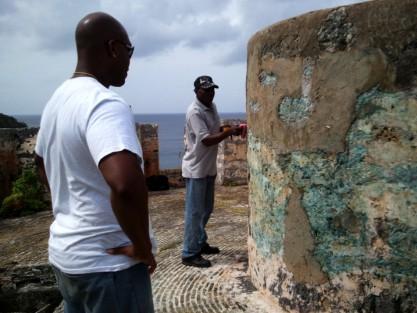 Versgeperst.com Versgeperst monument LIFESTYLE Fundashon Pro Monumento Fort Beekenburg Curaçao Caracasbaai  fort beekenburg 21 417x313