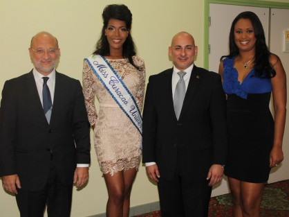 Versgeperst.com Versgeperst Monifa Jansen Miss Universe Miss Curaçao LIFESTYLE Curaçao  MissCuraçao 418x313
