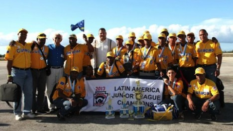 Asjes met Junior League Little League Pariba 2013