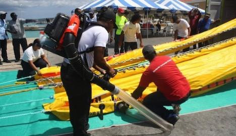 current buster olie bestrijding Bonaire