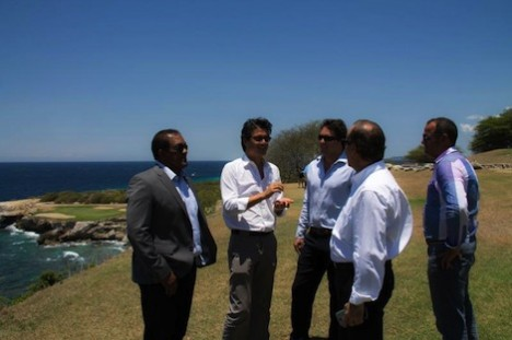 Minister Palm bezoek Blue Bay