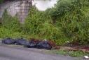 afval langs de weg