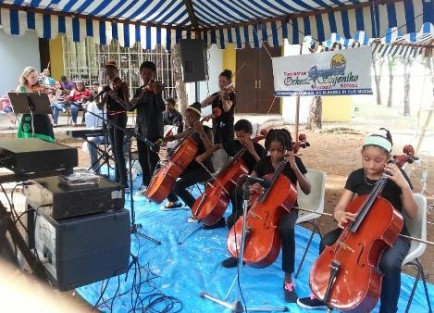 Orkesta Sinfoniko Hubenil filharmonisch jeugd orkest