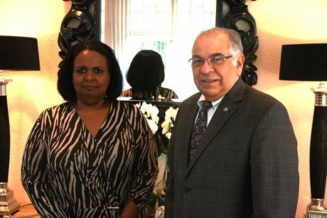 Ambassadeur El Salvador BRON KABINET VAN CURAÇAO