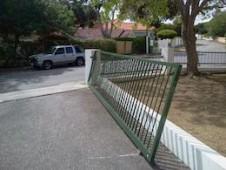 poort deltagen geforceerd