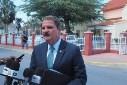 Versgeperst.com Vergeperst Sint maarten mike eman gouverneur Curaçao Aruba aanwijzing  mike eman