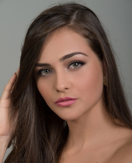 #3 Farah Flores